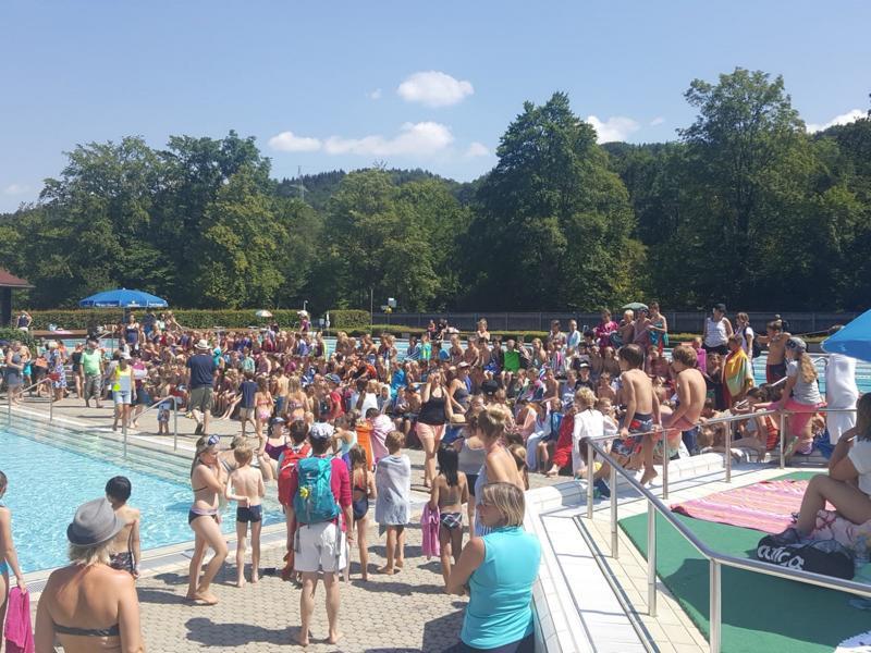 Schwimmtag der Grundschule 2019