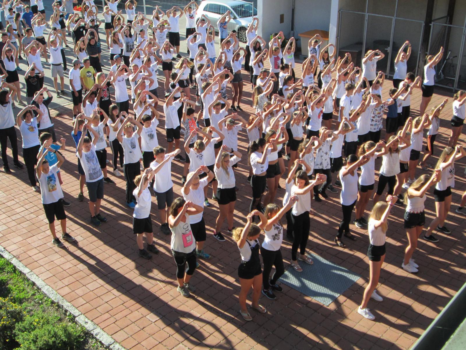 Die Mittelschule Siegsdorf tanzt in die Sommerferien